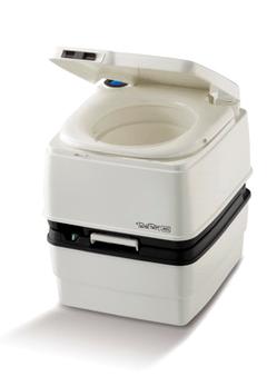 Une toilette portative pour petit motorhome